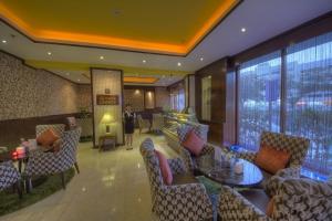 Cafe Lounge (2)