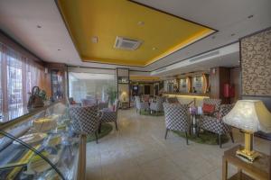 Cafe Lounge (6)
