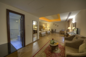 Executive Suite Twin Room (3)