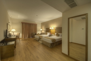 Executive Suite Twin Room (7)