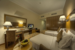 Executive Suite Twin Room (2)