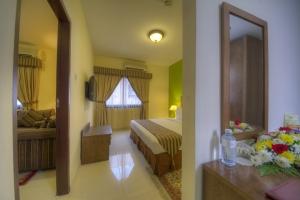 Suite Room (3)