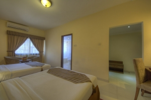 Standard Twin Room (3)