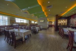 Rc darbar Restaurant (2)